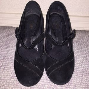 Clark's dress shoes with heels